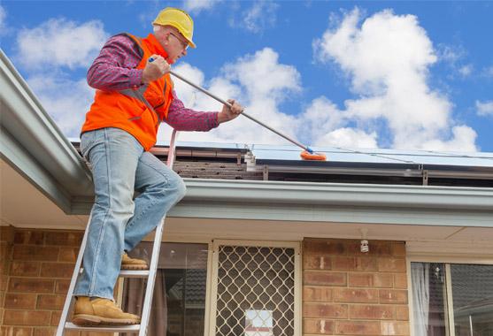 solar panel cleaning brisbane